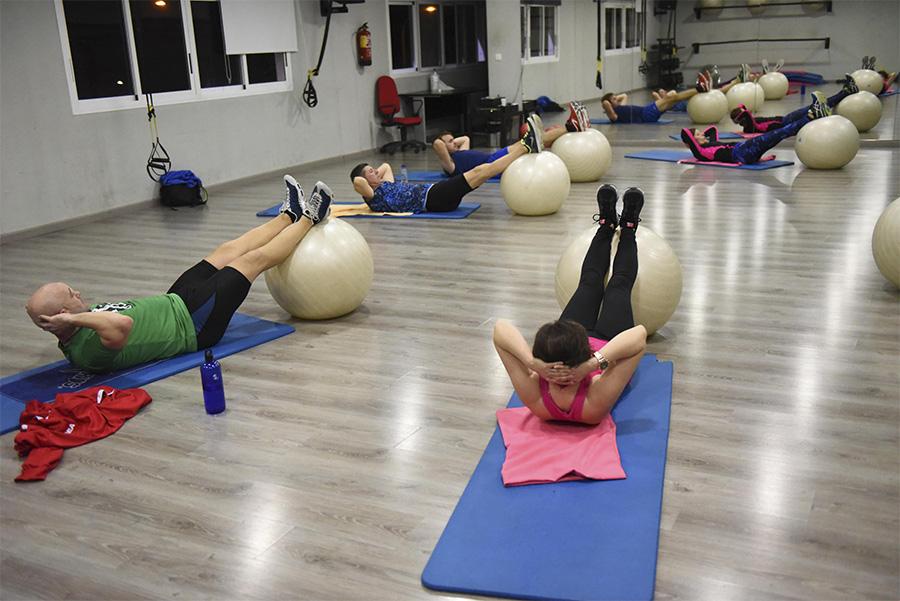 Abdominales y Estiramientos Indoor Huesca